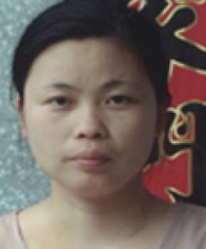 紫砂壶工艺师范利英名家照片