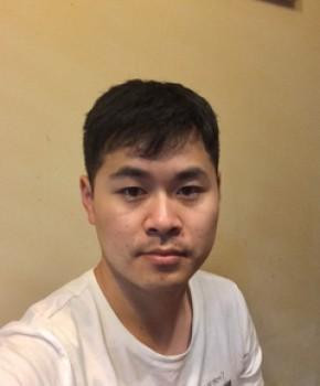 紫砂壶工艺师贺杨名家照片