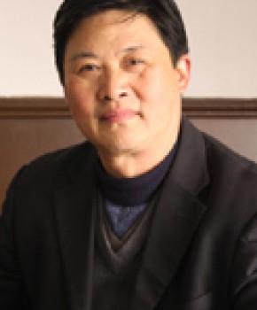 紫砂壶工艺师韩小虎名家照片