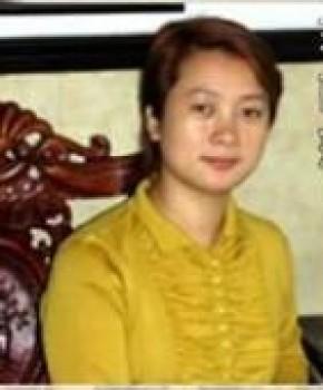 紫砂壶工艺师蒋丽萍 名家照片
