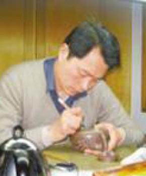 紫砂壶工艺师刘忠泽名家照片