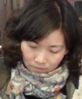 紫砂壶工艺师唐俊芳名家照片