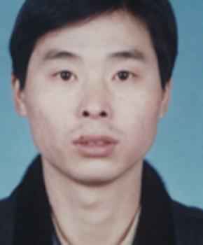 紫砂壶工艺师尹建新名家照片