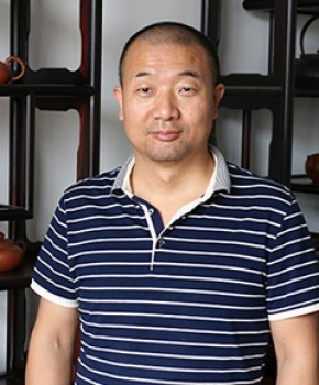 紫砂壶工艺师赵益军名家照片