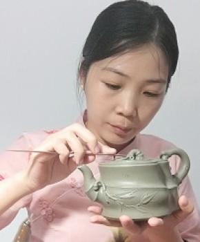 紫砂壶工艺师张万敏名家照片