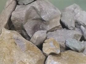原矿极品墨绿泥照片