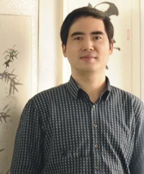 紫砂壶工艺师储国峰名家照片