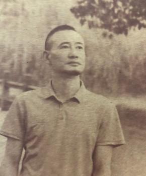 紫砂壶工艺师殷俊峰名家照片