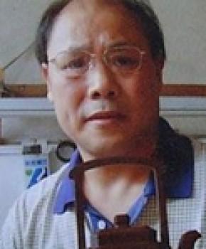 紫砂壶工艺师丁洪斌名家照片