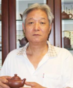 紫砂壶工艺师汤鸣皋名家照片