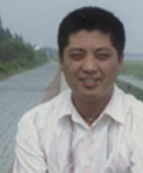 紫砂壶工艺师杨卫刚名家照片