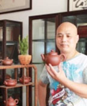 紫砂壶工艺师高建中名家照片