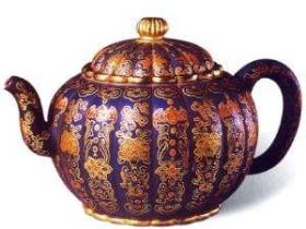 紫砂壶的釉彩装饰工艺
