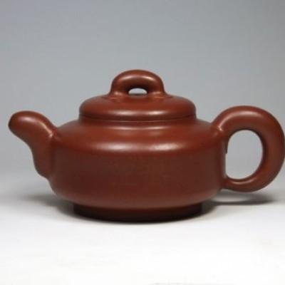 晚上在壶内留着茶叶和浓汤过夜养紫砂壶,容易养出包浆?