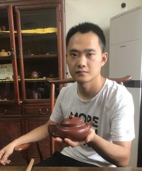 紫砂壶工艺师邵方舟名家照片
