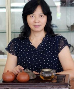 紫砂壶工艺师姚玲香名家照片