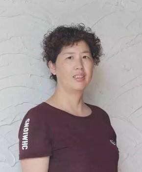 紫砂壶工艺师陈菊芳名家照片