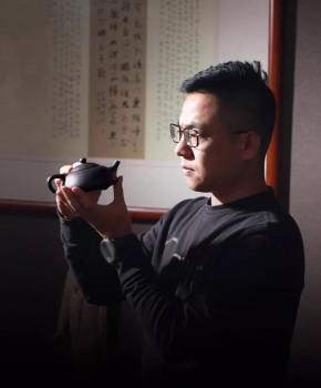 紫砂壶工艺师陶建名家照片