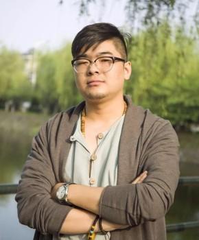 紫砂壶工艺师 陈少霆名家照片