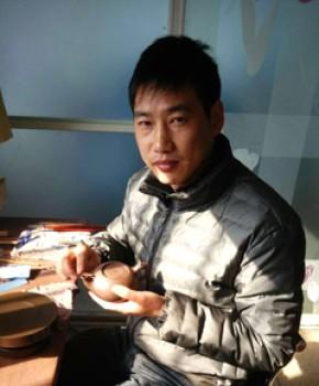 紫砂壶工艺师惠祖华名家照片