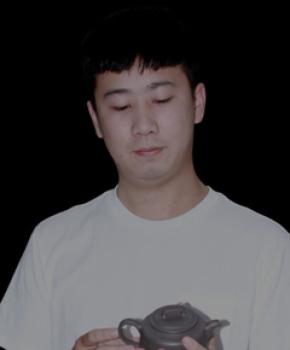 紫砂壶工艺师闵聪名家照片