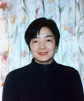 紫砂壶工艺师盛云芳名家照片