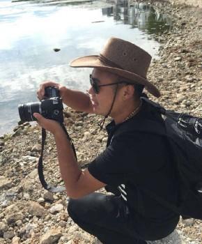 紫砂壶工艺师唐欢名家照片