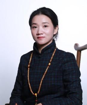 紫砂壶工艺师王萍名家照片