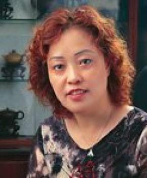 紫砂壶工艺师朱正琴名家照片