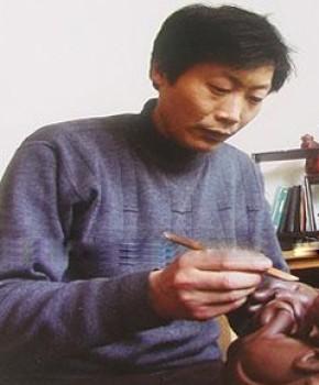 紫砂壶工艺师陈祖勇名家照片