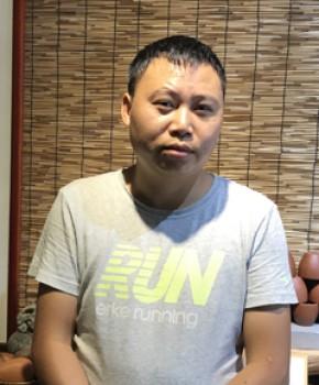 紫砂壶工艺师熊燕飞名家照片