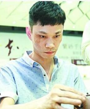 紫砂壶工艺师纪贤名家照片
