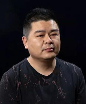 紫砂壶工艺师李惠胜名家照片