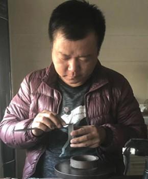 紫砂壶工艺师毛文远名家照片