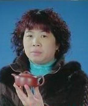 紫砂壶工艺师王建英名家照片