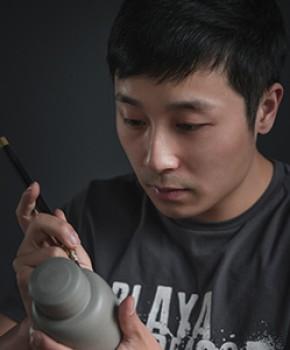 紫砂壶工艺师许文军名家照片