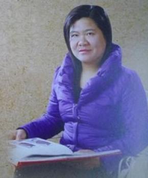 紫砂壶工艺师李芳名家照片