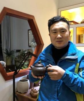 紫砂壶工艺师潘涛名家照片