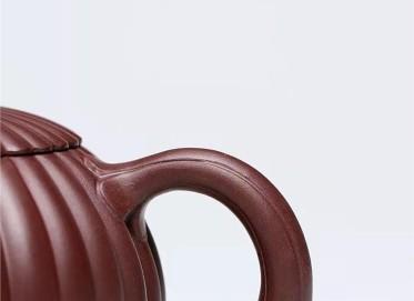 许涛紫砂壶作品 原矿底槽清筋纹西施壶260CC手制真品价位