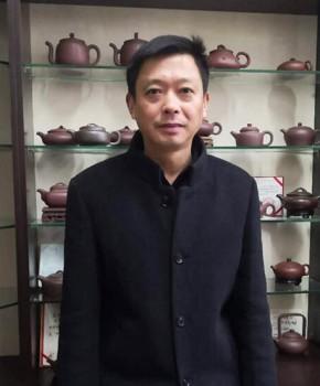 紫砂壶工艺师蔡顺祥名家照片