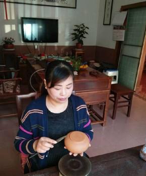 紫砂壶工艺师范志敏名家照片