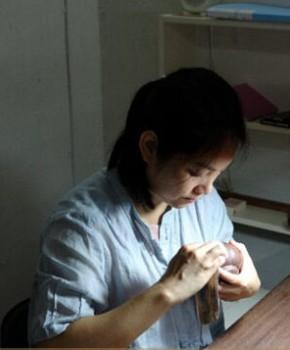 紫砂壶工艺师高华名家照片