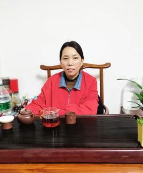 紫砂壶工艺师韩琴华名家照片
