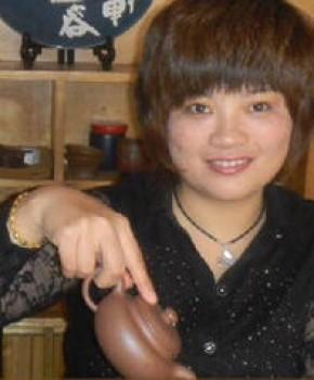 紫砂壶工艺师林彩琴名家照片