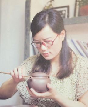 紫砂壶工艺师徐季芳名家照片