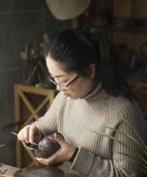 紫砂壶工艺师许勤艳名家照片