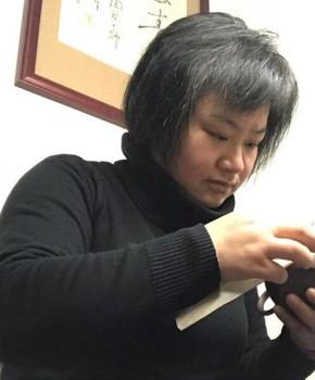紫砂壶工艺师周夕君名家照片