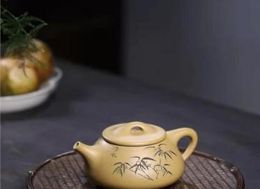 郭余华紫砂壶作品|本山段泥景舟石瓢壶280CC纯手工真品多少钱