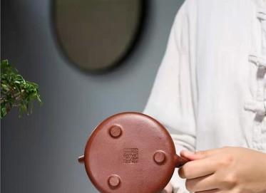 张伟军紫砂壶作品|原矿底槽清石瓢壶230CC纯手工真品价位