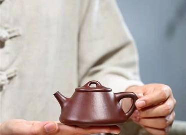 杨鹏紫砂壶作品|石红料石瓢壶220CC全手工正品价位